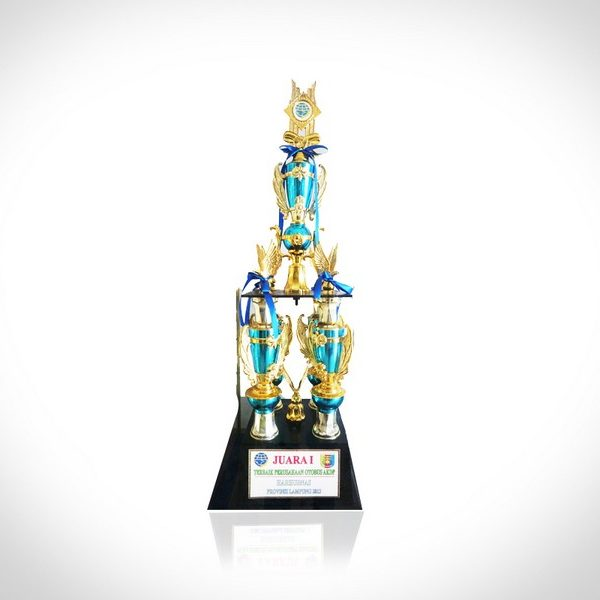 JUARA 1 TERBAIK Terbaik Perusahaan Otobus AKDP HARHUBNAS PROVINSI LAMPUNG